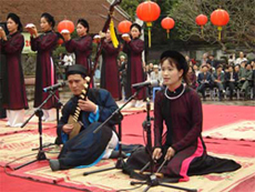 Ha Noi to hold ca tru singing festival at Temple of Literature</b><br><i> December 18, 2012