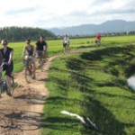 ESCAPE TO VILLAGES FROM BUSTLING HANOI BY BIKE